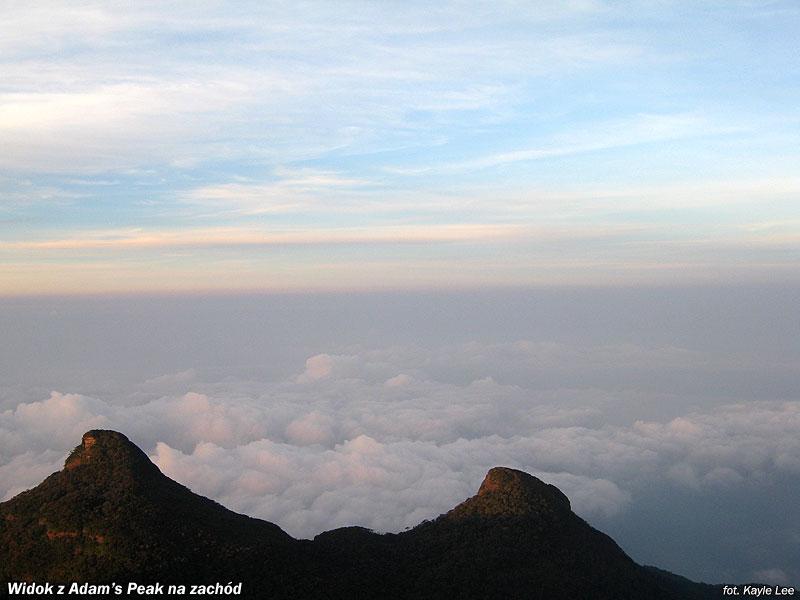 Widok z Adam's Peak na zachód