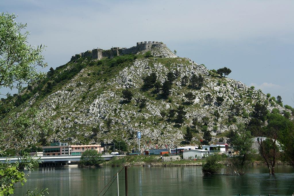 Twierdza w Szkodrze, Albania