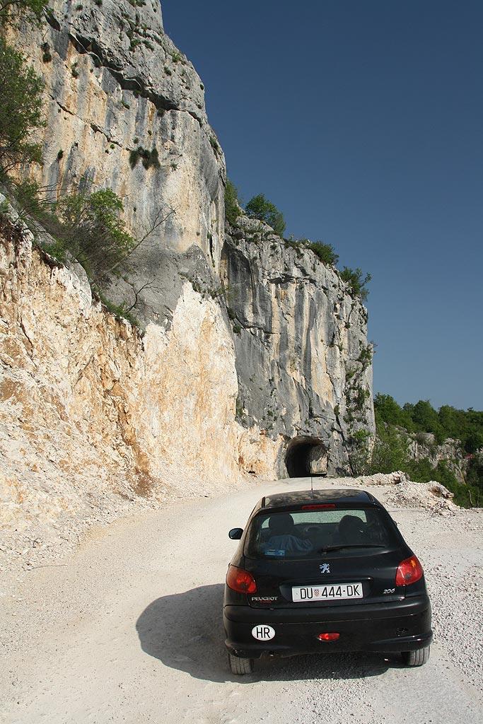 W drodze do klasztoru Ostrog, Czarnogóra