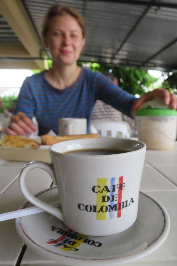 Oznaką tego, że jesteśmy w Kolumbii, jest całkiem dobra kawa.
