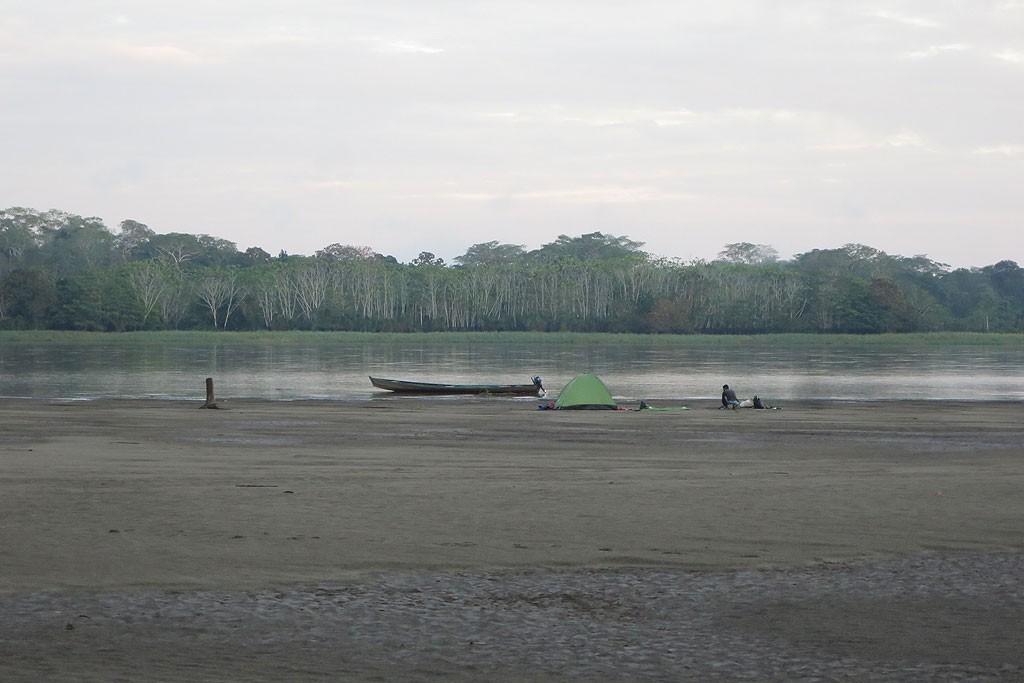 Nocleg nad Amazonką