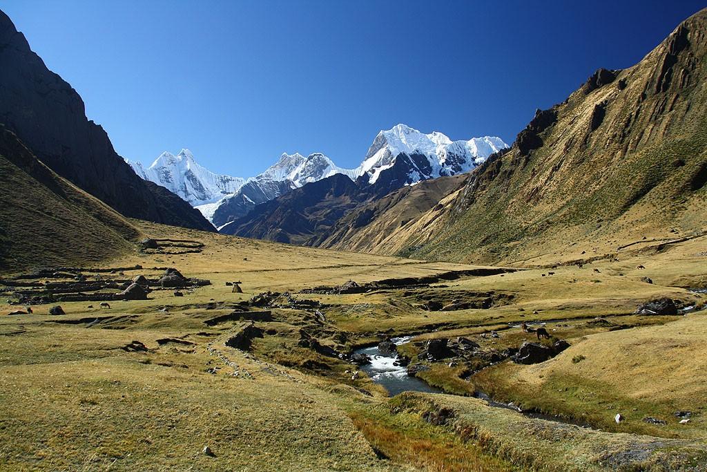 Początek dnia drugiego, dolina Rio Achin