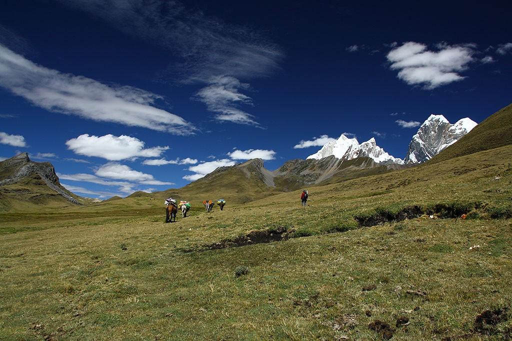 Dzień czwarty, czyli czwarta przełęcz (Carhuac, 4650 m)