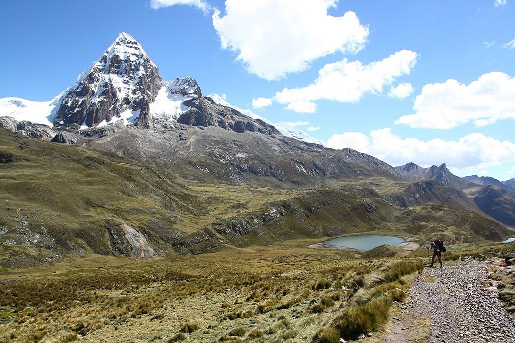 Dzień szósty, szósta przełęcz. W drodze z wioski Huayhuash na Paso Portachuelo (4750 m)