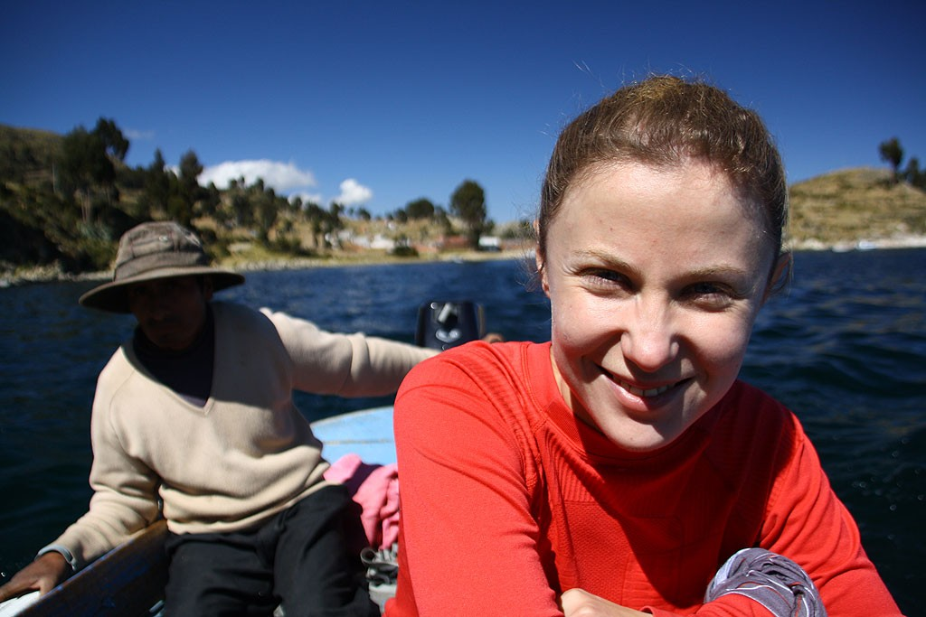 Plyniemy lodka z Yampupata na Isla del Sol (20 minut, 50 soli)
