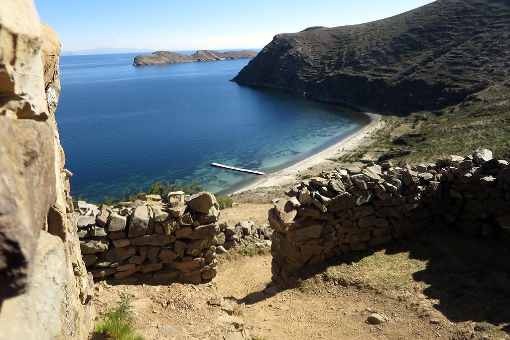 Inkaskie ruiny Chinchana na polnocy Isla del Sol