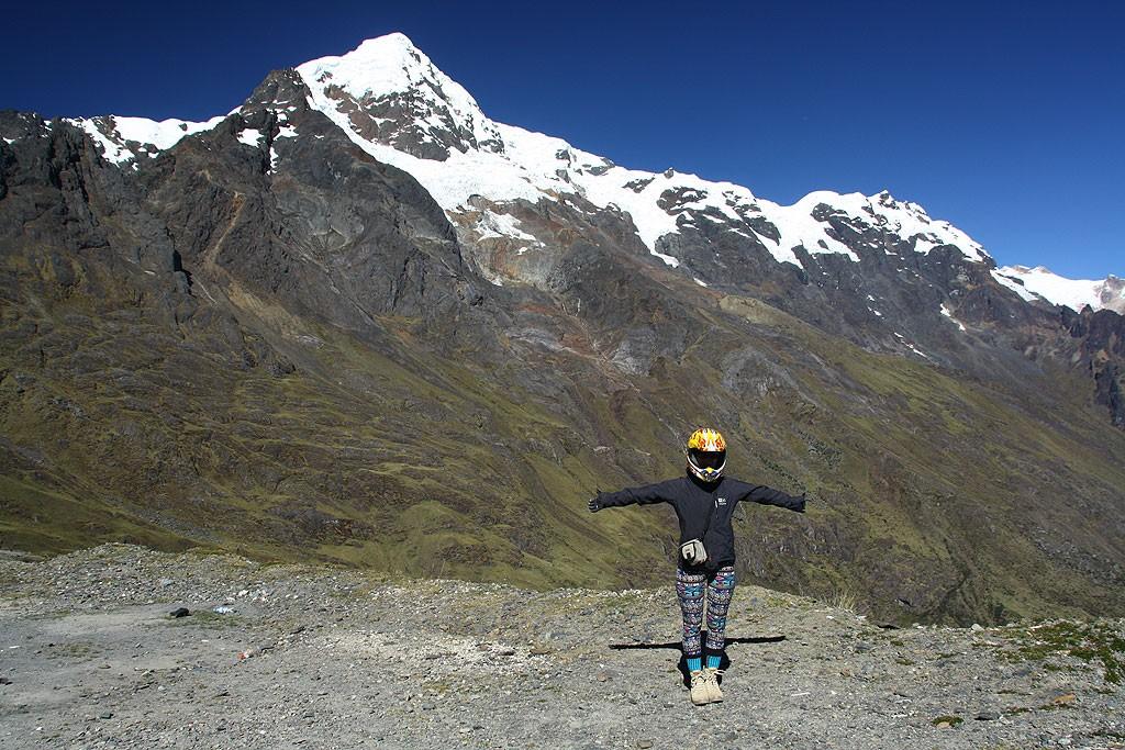 Widok na Nevado Veronica (5682 m)