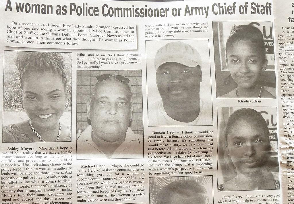 """Przegląd prasy gujańskiej vol. 3 - czy kobieta może zostać szefem policji? Większość osób uważa, że tak, ale jedna osoba mówi """"nie, bo nie byłaby w stanie przeczołgać się pod drutem kolczastym""""."""
