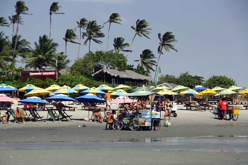 Caipirinhe na plaży na wyciągniecie ręki