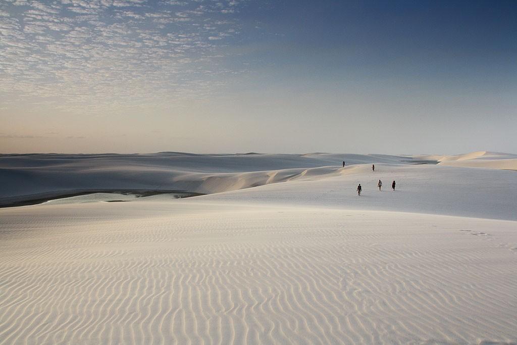 Mimo setek turystów odwiedzających codziennie park, można mieć spory kawałek piasku tylko dla siebie