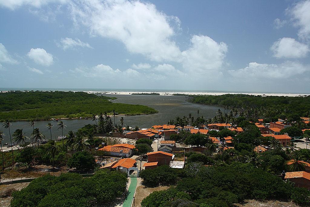 Widok z latarni morskiej w Mandacaru