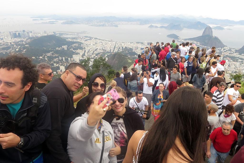 Widok z Corcovado w kierunku Pão de Açúcar