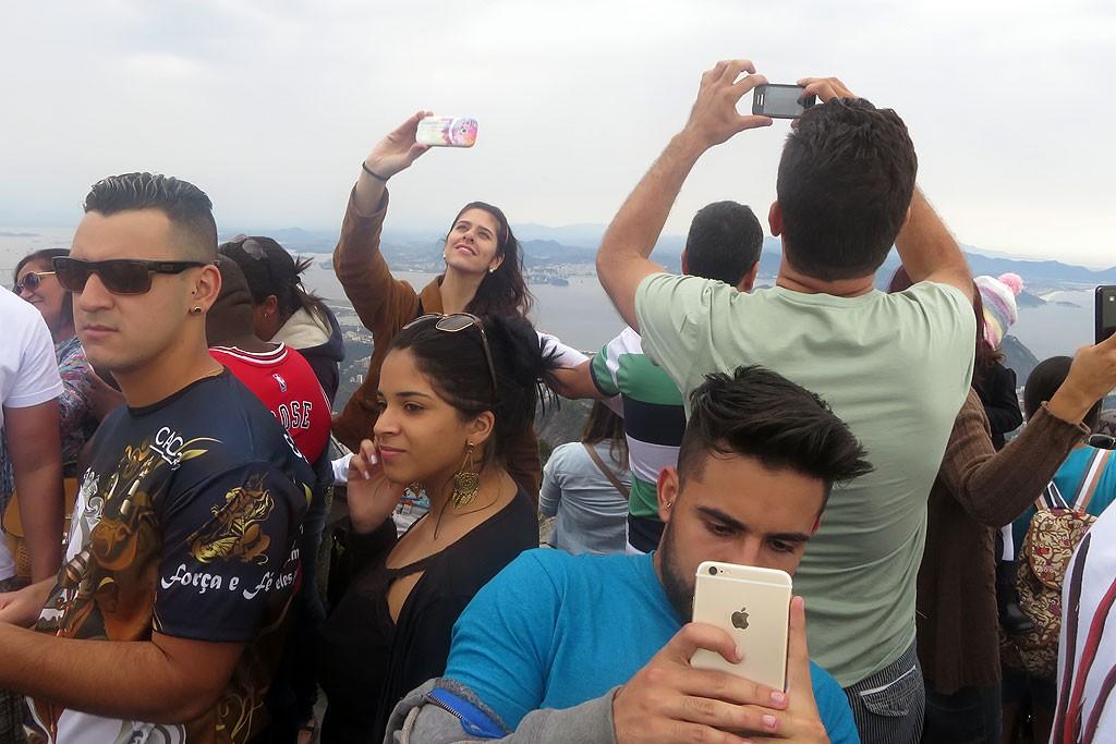 Sekret udanego zdjecia z Corcovado, czyli jak wyciac innych ludzi z kadru?